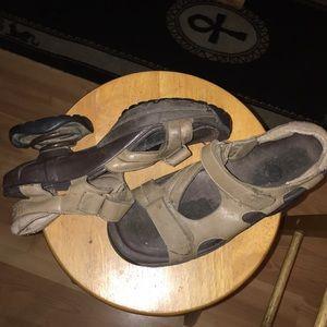 Shoes - Tan Zcoil shoes women's 7/8